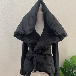 Lululemon down to the studio down wrap jacket 8